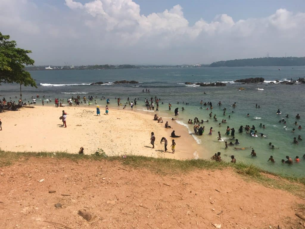 galle beach, things to do in galle