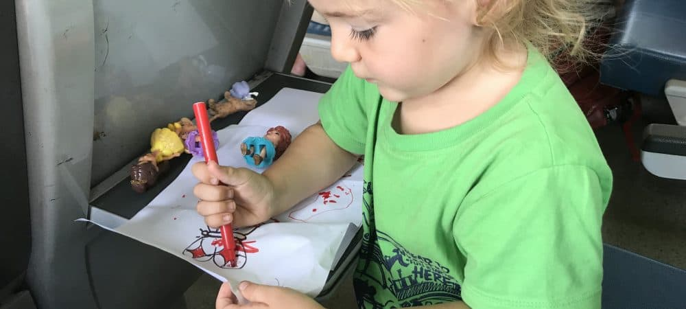 10 Best Travel Toys For Toddlers On Airplanes (Budget Friendly!)