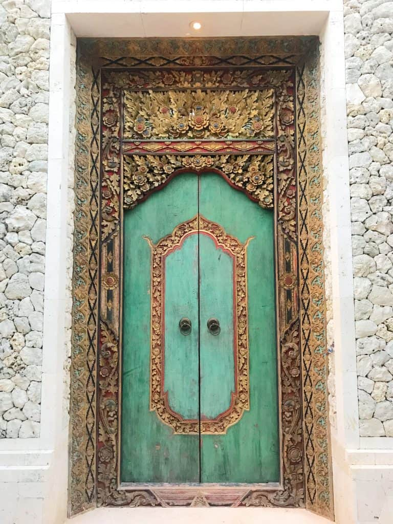 Beautiful Bali doors: They're a-DOOR-able