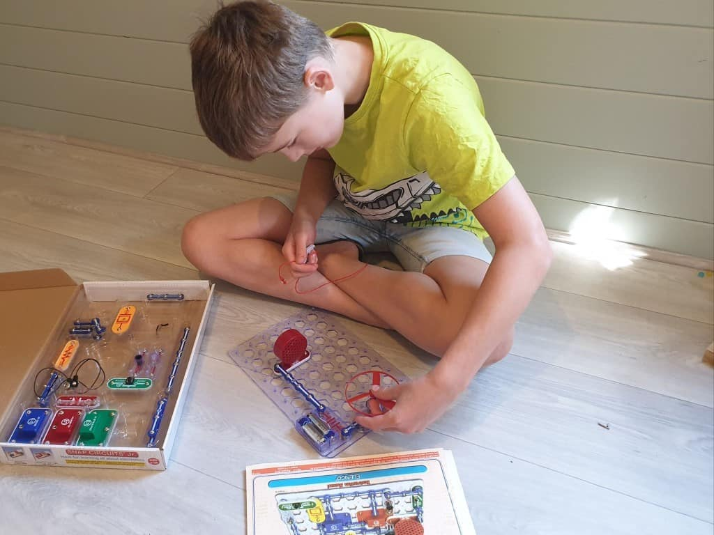 electric circuit for kids